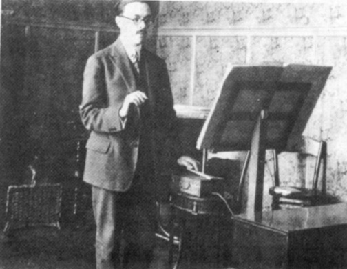 Maurice Martenot plays the 1rst model (1928)